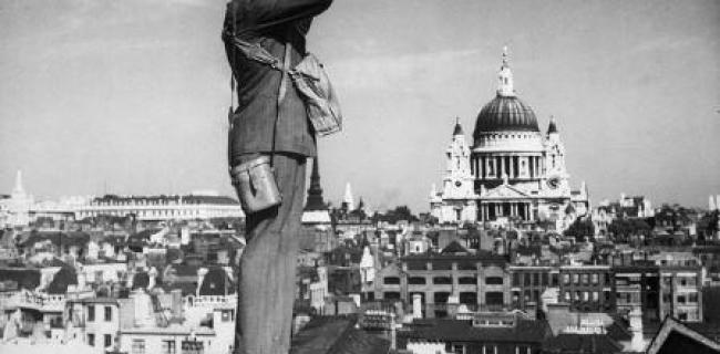 תצפיתן בריטי בקרב על בריטניה