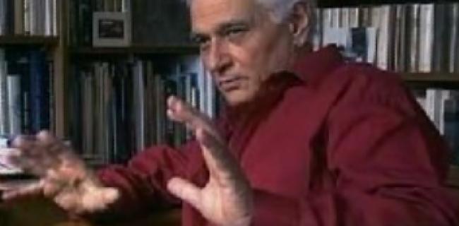 ז'אק דרידה (15 ביולי 1930 – 9 באוקטובר 2004) אבי זרם הדקונסטרוקציה