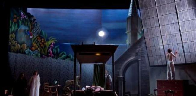 ביקורת: בטבעת החנק – האופרה הישראלית