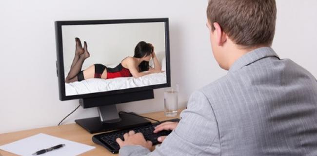 פורנוגרפיה ודמוקרטיה: קונפליקט, מתחים והדדיות