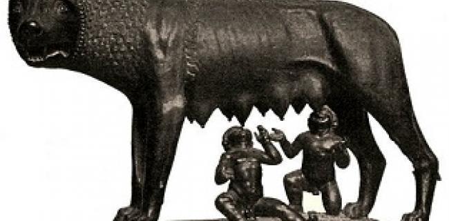 """מאז הזאבה של רומוס ורומולוס רצופה ההיסטוריה האנושית בסיפורי גבורה אימהיים. בטרמינולוגיה המקומית זכו לכבוד """"אם הבנים"""" וגם להבדיל """"אם המושבות או אם הקבוצות."""""""