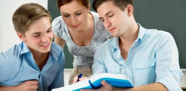 מי מפחד מאפלטון ואריסטו, שפינוזה והגל? לא תלמידי תיכון בצרפת!