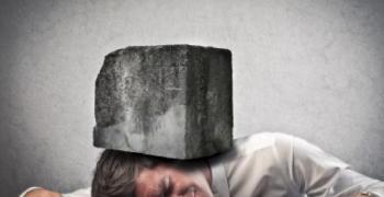 הבנת השפעת השינה על המוח