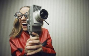 צריך תואר בקולנוע בשביל לביים סרטים?