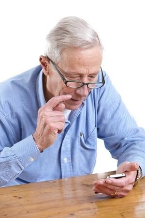 אזרח ותיק - סמארטפון וטאבלט לדוגמא