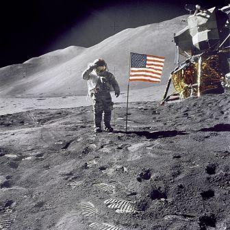 הנחיתה על הירח – אמת היסטורית או תרמית מתוחכמת?