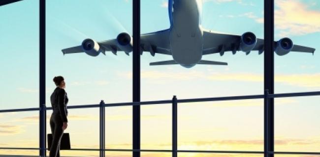 טיסות שכר מול טיסות סדירות - מה ההבדל?