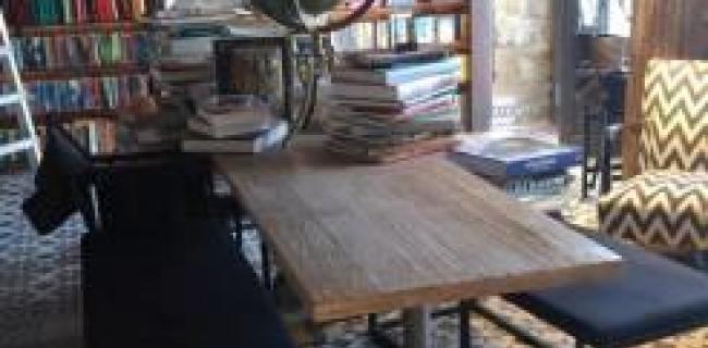 חנות ספרים בלפקושה, ניקוסיה, קפריסין (צילום: מירב גולן)