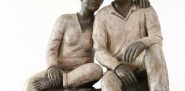 תערוכת חוצות במתחם ממילא, פסלת עדנה בנס