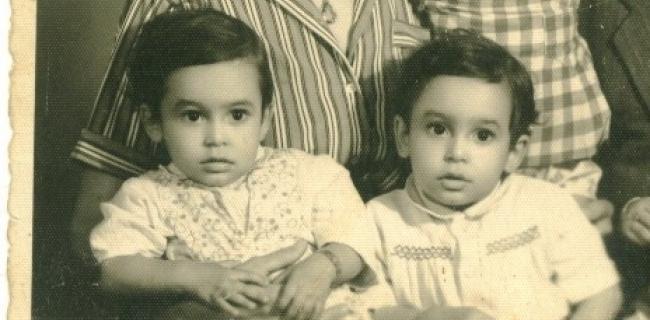 התאומים, הרצל ובלפור חקק, בני שנתיים ערב העלייה, 1950