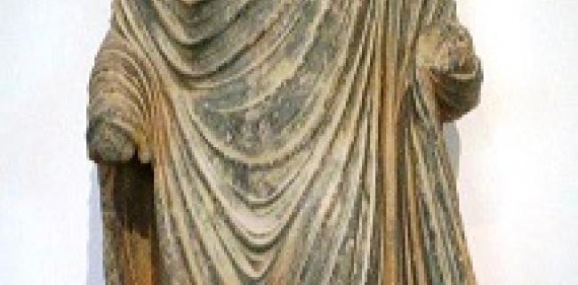פסל בודהה מאזור גנדהרה בפקיסטן, המאה ה-1 לספירה