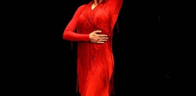 בתמונה: ולדה וסט בריקוד החובה - בערב הגאלה המסיים את פסטיבל ימי הפלמנקו ה 23. צילום: שירה אגמון (באדיבות: הילה קומם)