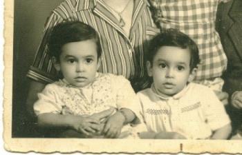 ארכיון משפחתי: התאומים בני שנתיים, ערב העלייה 1950