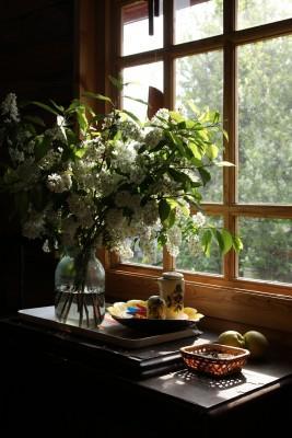שילוב פרחים בעיצוב הבית